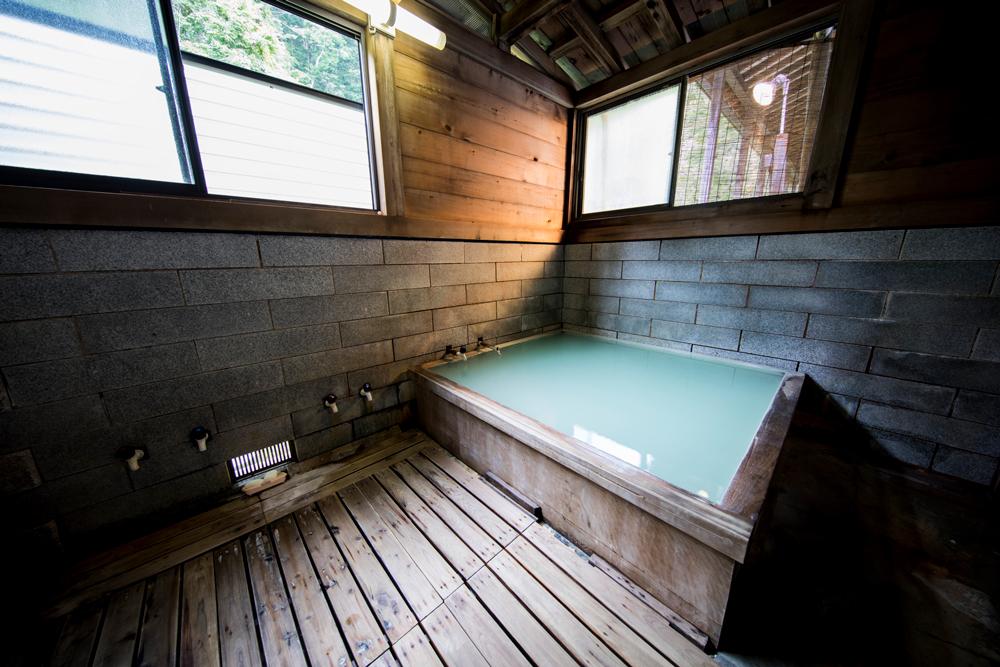 温泉寺薬師の湯